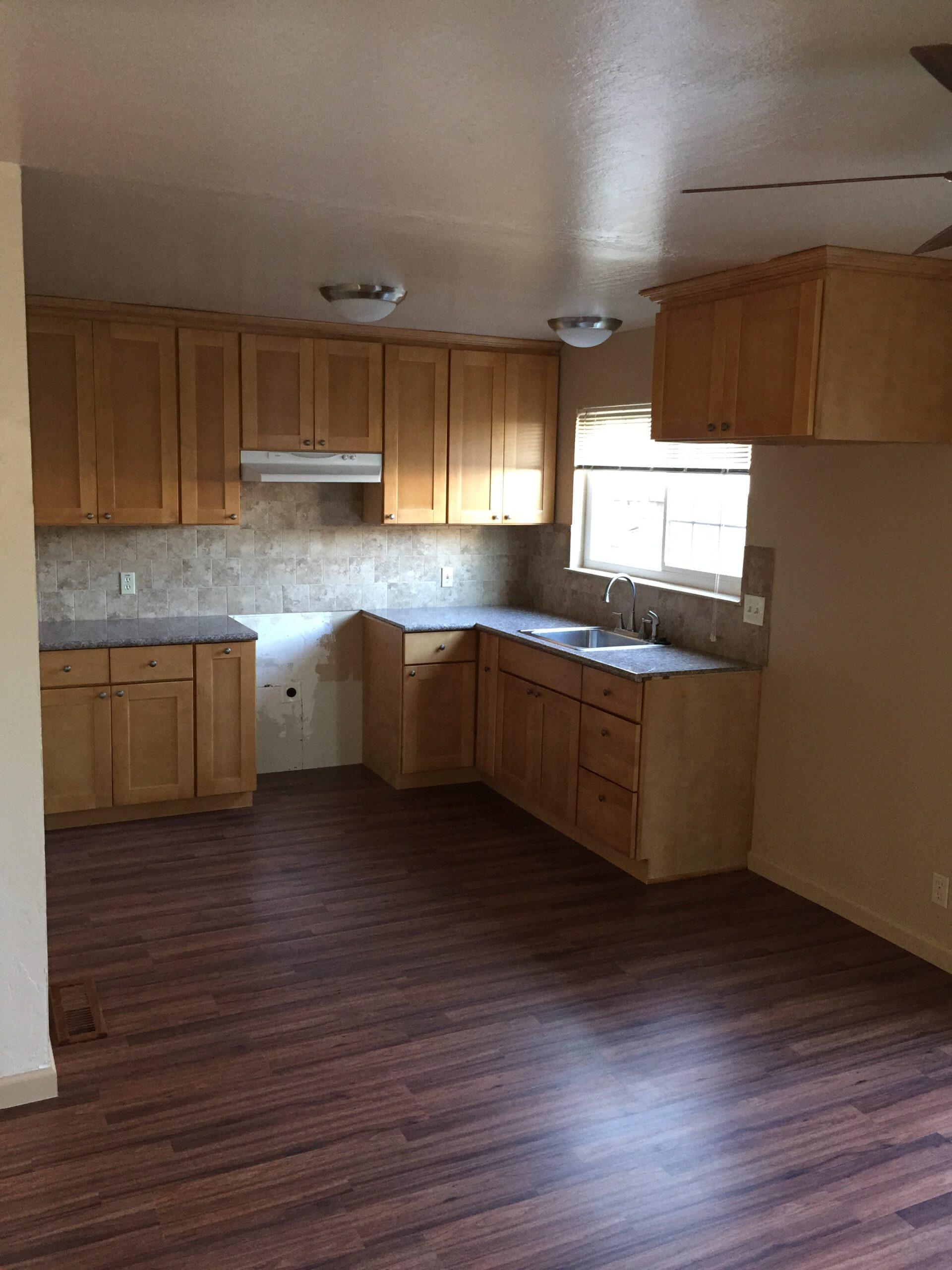 837 Northrup Unit A kitchen area